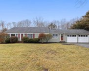 600 Parkway, Southold image