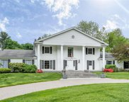 246 BARDEN, Bloomfield Hills image