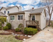 67 Grove Avenue, Glen Ellyn image