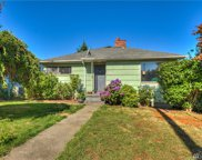 5915 39th Ave SW, Seattle image