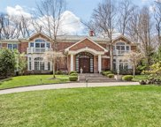 4 Pine Tree Dr, Great Neck image