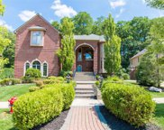 5543 HAMPSHIRE, West Bloomfield Twp image