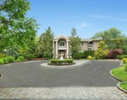 86 Old Tappan Rd, Lattingtown image