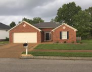 2024 Glastonbury Dr, Franklin image