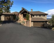 1552 NW Overlook, Bend image
