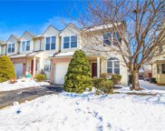325 Oxford, Macungie image