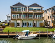 952 Tower Court, Topsail Beach image