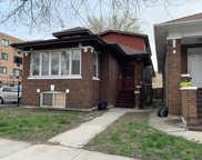 7535 North Winchester Avenue, Chicago image