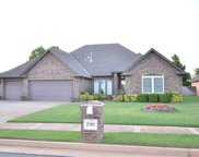 2905 Overland Way, Edmond image