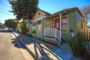 Pacific Grove Craftsman Style cottage