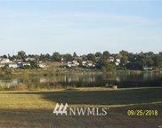 1527 W Lakeside Drive, Moses Lake image