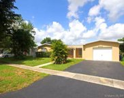 2010 Nw 106th Ave, Pembroke Pines image