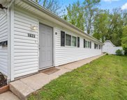 1622 Gallaher  Avenue, St Charles image