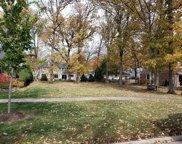 206 Wilmette Avenue, Glenview image