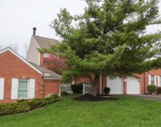 5570 Windridge  Drive, Columbia Twp image