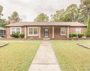 2518 W Bent Oaks  Drive, Colonial Heights image