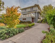 231 St. Andrews  St, Victoria image