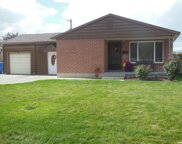 6860 S Willow Way, Cottonwood Heights image