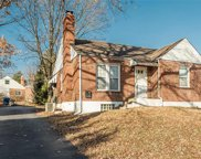 8265 Watson, Webster Groves image