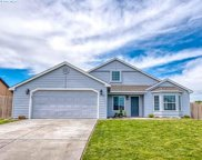 2800 S Irby Ct, Kennewick image