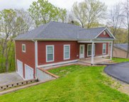 2718 Windsor Forest Dr, Louisville image
