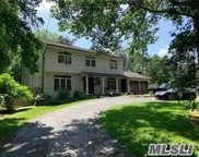 184 Cold Spring Road  Road, Syosset image