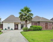 22718 Fairway View Dr, Zachary image