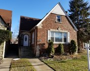 7739 South Paxton Avenue, Chicago image