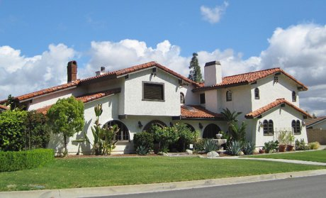 Valencia custome homes for sale
