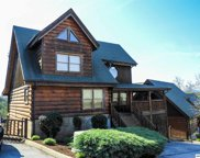 2008 Cougar Crossing Way, Sevierville image