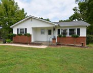 301 Crest Dr, Tullahoma image