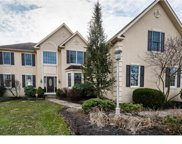 8 Oak Forest Drive, Springfield Twp image