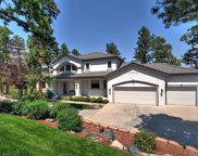 832 Willobe Way, Golden image