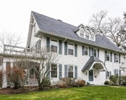 6 Circle Road, Scarsdale image