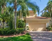 2454 Bay Isle Ct, Weston image