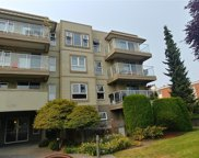 1536 Hillside  Ave Unit #403, Victoria image