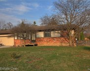3633 MILDRED, Rochester Hills image