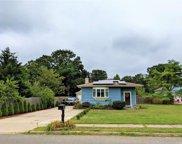 915 Greenlawn  Avenue, Islip Terrace image