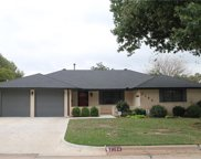 2104 Bellaire, Moore image