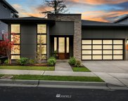 572 Viewcrest Drive NW, Issaquah image