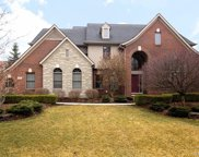44089 Cypress Point Dr, Northville image