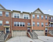 7861 CRYSTAL BROOK WAY, Hanover image