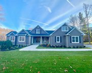 175A Oakside Dr, Smithtown image