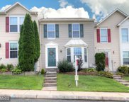 488 CRESTRIDGE WAY, Abingdon image