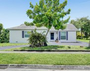 860 Sw 55th Ave, Margate image