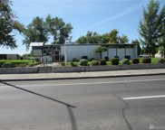 324 S Pioneer Wy, Moses Lake image