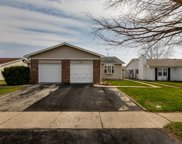 161 Golden Drive, Glendale Heights image