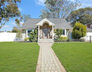 1008 Woodcliff  Drive, Franklin Square image