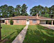 227 Twin Oaks Road W, Pineville image