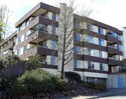 3421 #304 SW Roxbury, Seattle image